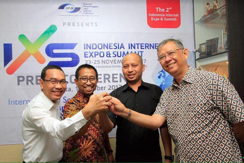 International Internet Expo and Summit