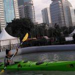 Mencoba Olahraga Menantang di IIOutFest 2017
