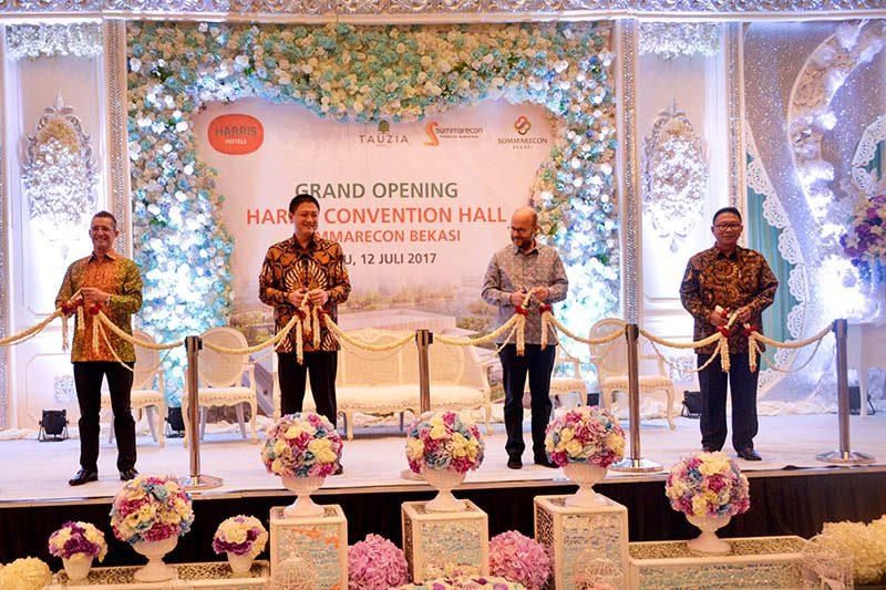 HARRIS Hotel & Conventions Hall Summarecon Bekasi