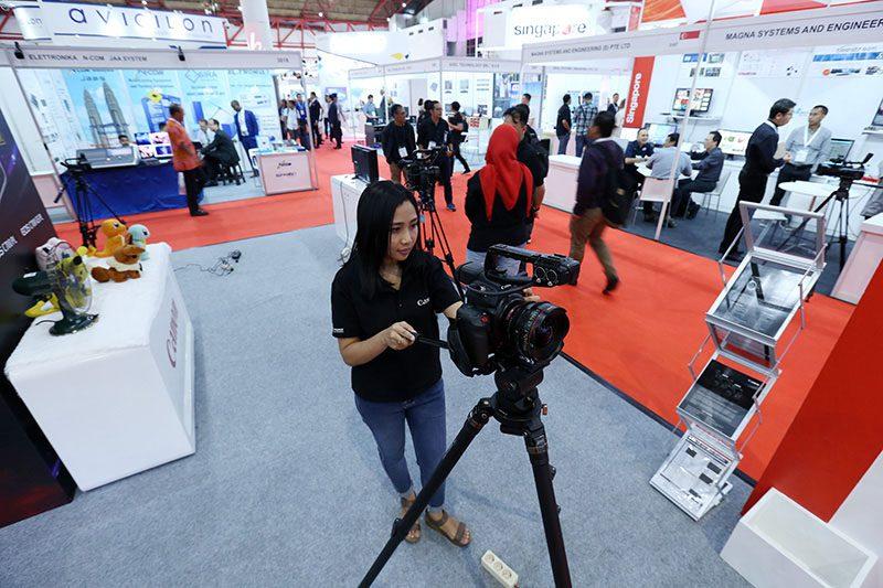 Communic dan Broadcast Indonesia