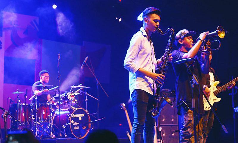 Reyog Jazz Ponorogo Berpadu Keindahan Telaga Ngebel