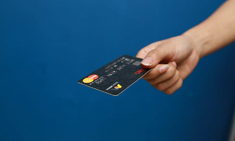 Bijak Menggunakan Kartu Kredit Bagi Korporasi