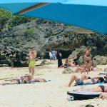 Bersih-Bersih Pantai untuk Tunjukkan Bali Aman