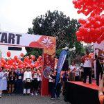 Ribuan Balon dan Kostum Unik Hiasi GranDhika Run 2018