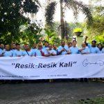 Grand Dafam Surabaya Bersih-Bersih Kali