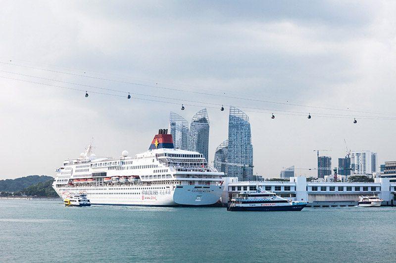Kapal pesiar Singapura