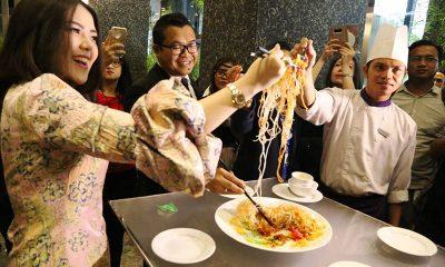 Makan Malam Penuh Cinta Bersama Tina Toon di Grand Mercure Jakarta Kemayoran