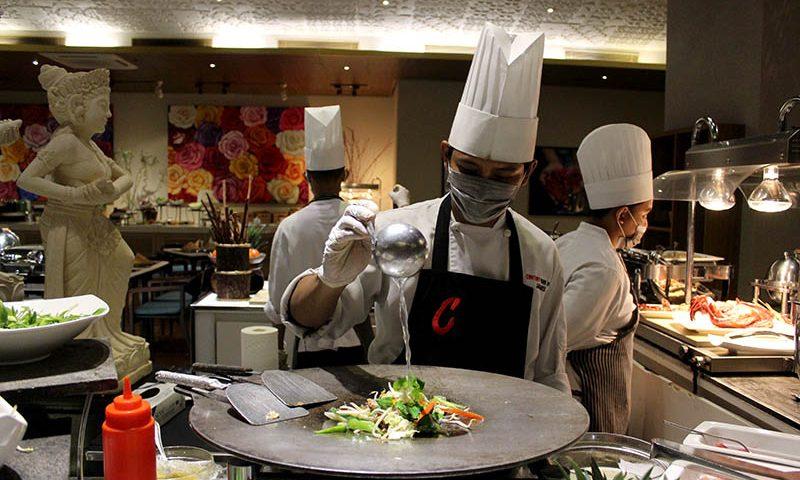 Century Park Hotel Menghadirkan Asian Delight untuk Pengunjung Dapoer Restoran
