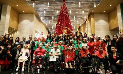 Grand Mercure Jakarta Kemayoran Nyalakan Lampu Natal Bersama Rekan YPAC
