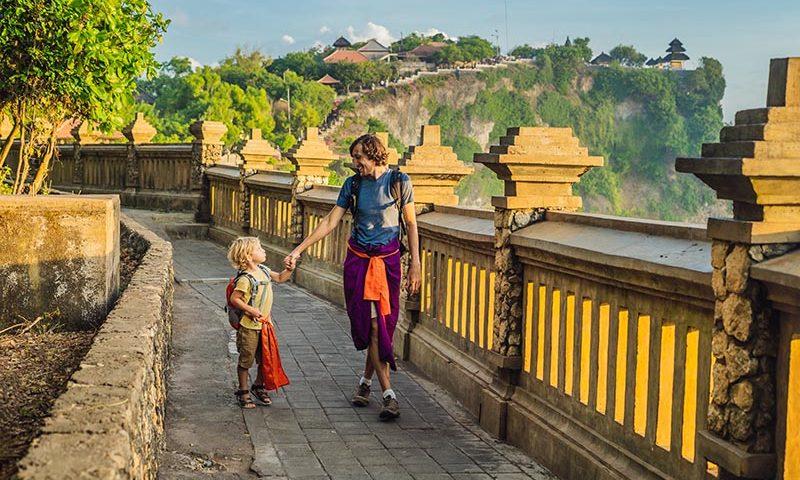 Hermawan Kartajaya Minta Pelaku Pariwisata Surviving dan Preparing