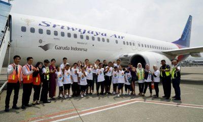 Sriwijaya Air Grup Mengajak Anak Autis Kunjungan ke Bandara