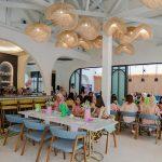 Meeting Seru di Restoran Khas Spanyol