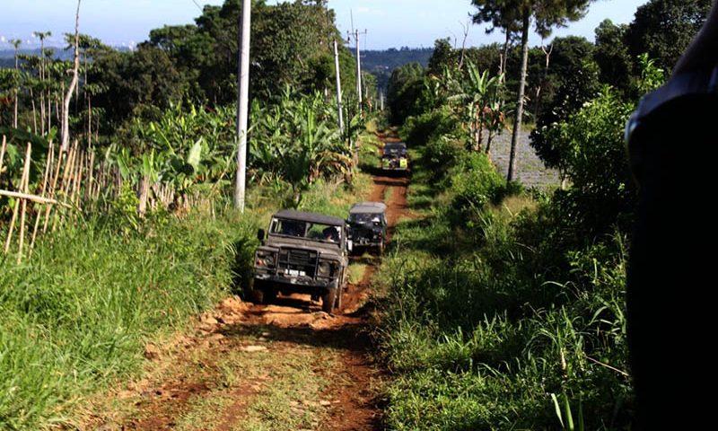 Wisata Offroad di Puncak Bogor