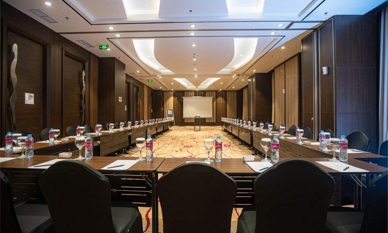 Sewa Ruang Meeting Gratis di Crowne Plaza Bandung