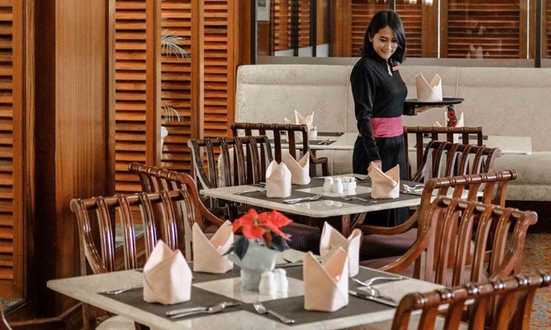 Diskon 50 Persen Setiap Rabu di Beranda Café Crowne Plaza Jakarta
