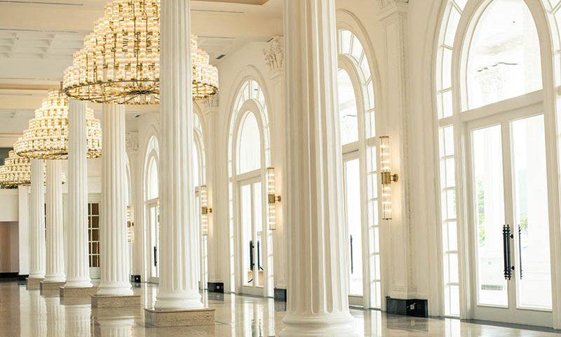 The Tribrata, Gedung Pertemuan Kelas Sultan
