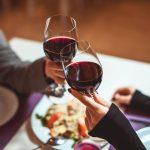 Holiday Inn Bandung Pasteur Rayakan Hari Valentine di Area Kolam Renang