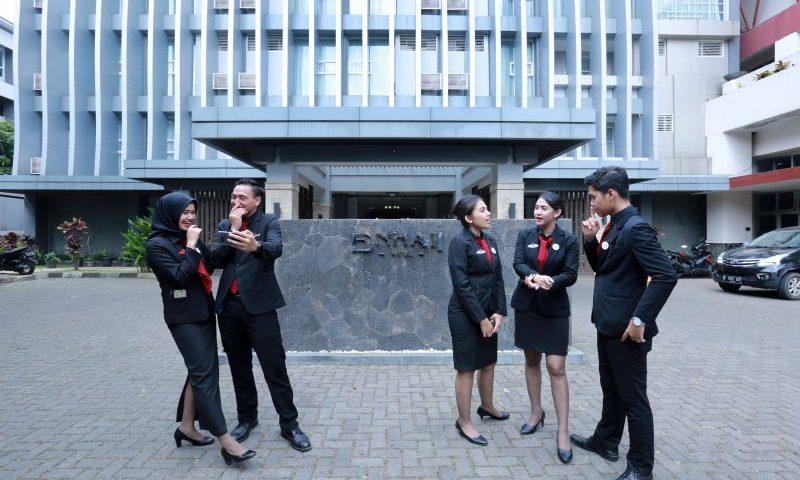 STP Bandung: Tujuh Windu Mencetak SDM Andal
