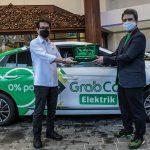 Mobil Spesial Grab akan Antar-Jemput Tenaga Medis
