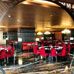 Royal Eight JHL Solitaire Hotel Kembali Buka Dine In