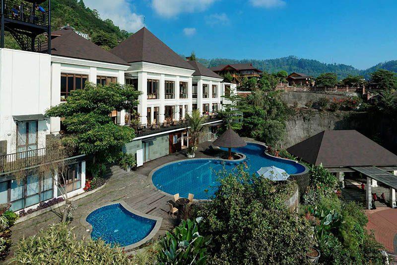 Jambuluwuk Convention Hall & Resort Batu