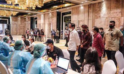 Kemenparekraf Kembali Lakukan Vaksinasi Untuk Ribuan Orang di Bali