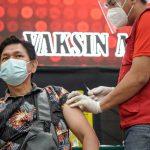 Pelaku Parekraf Sulawesi Utara Terima Vaksinasi