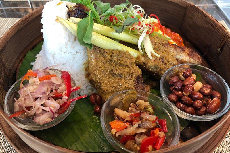 makanan bali Novotel Jakarta Cikini