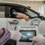 Kemenparekraf Berikan Vaksinasi Drive Thru Gratis di 10 Wilayah Indonesia