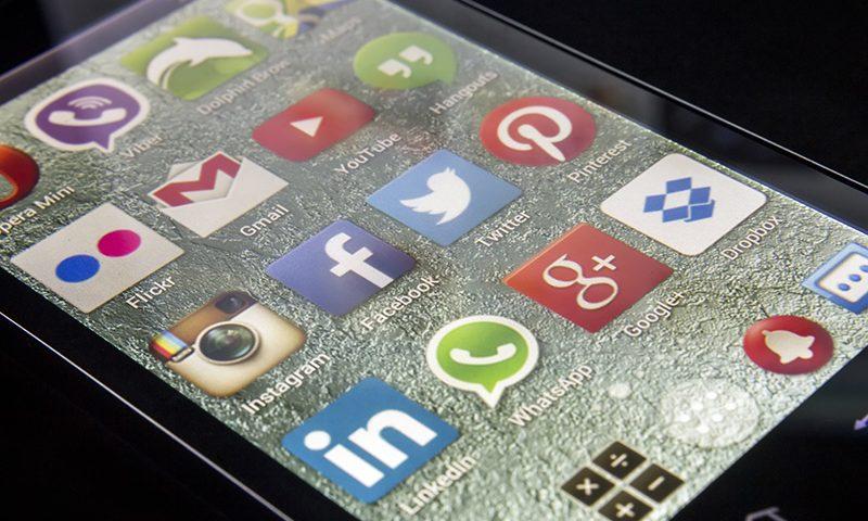 Sederet Kejahatan Digital Mengancam Media Sosial