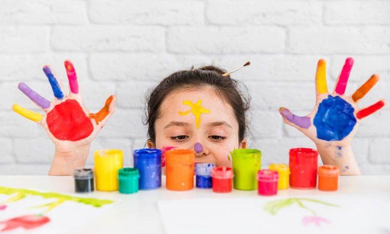 Memproteksi Anak dari Media Sosial